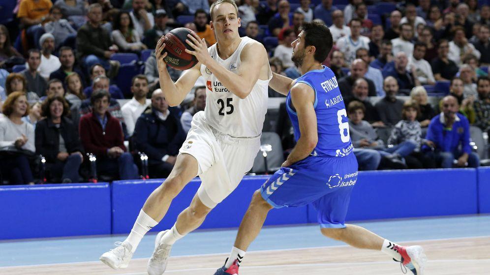 Foto: Klemen Prepelic es uno de los jugadores menos utilizados por Pablo Laso en lo que va de temporada. (ACB Photo/V. Carretero)