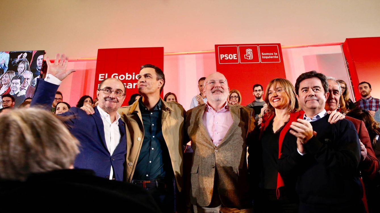 Sánchez exige a PP y Cs lealtad sobre Venezuela a 48 horas de reconocer a Guaidó
