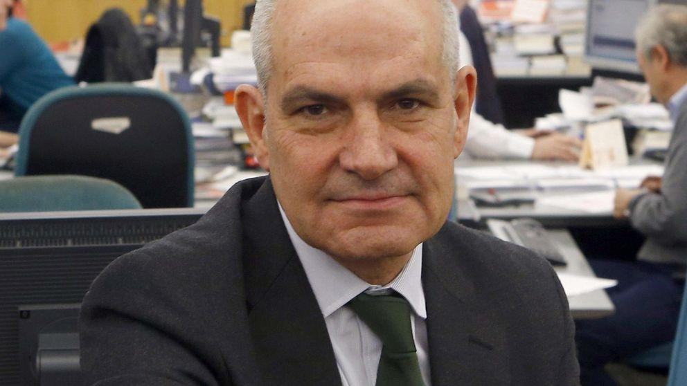 Imputan al director de 'El País' por acusar a Roures de tener cuentas offshore