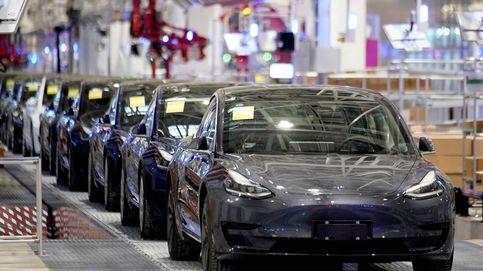 Un hombre quiere cambiar de coche y se compra por error 28 Teslas