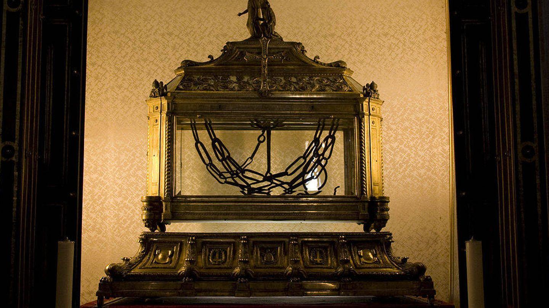 Las cadenas de San Pedro, en la Basílica de San Pietro in Vincoli. (Maros/Wikipedia)