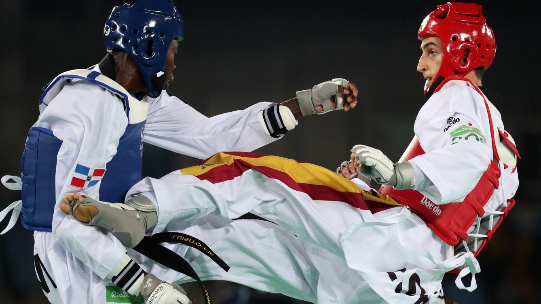 Foto: Jesus Tortosa Cabrera en el combate por el bronce ante Luisito Pie (Tatyana Zenkovich/EFE)