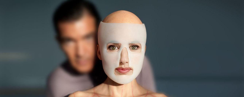 Foto: Doña Letizia caracterizada como la película 'La piel que habito'.