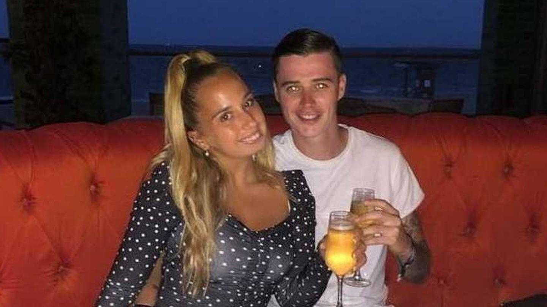 Andrea Janeiro y su novio Daniel Wozza. (Facebook)