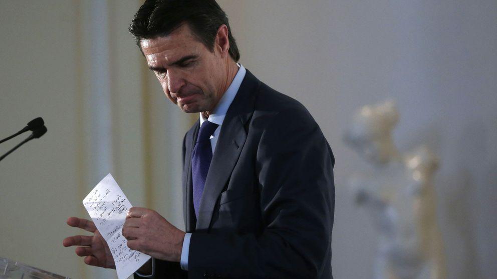 De Guindos asegura que dará todas las explicaciones en Congreso sobre Soria