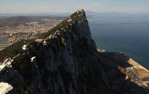 Gibraltar denuncia un ataque de un grupo desde el lado español