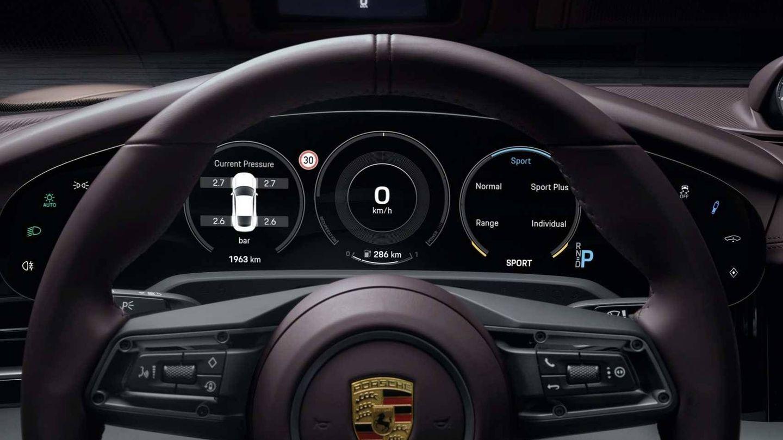 Cuadro de instrumentos configurable de la nueva variante de acceso del Porsche Taycan.