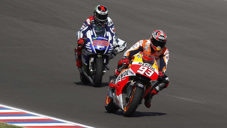 Márquez y Lorenzo durante la carrera en Argentina (Repsol Media   Jaime Olivares y Friedemann Kirn).