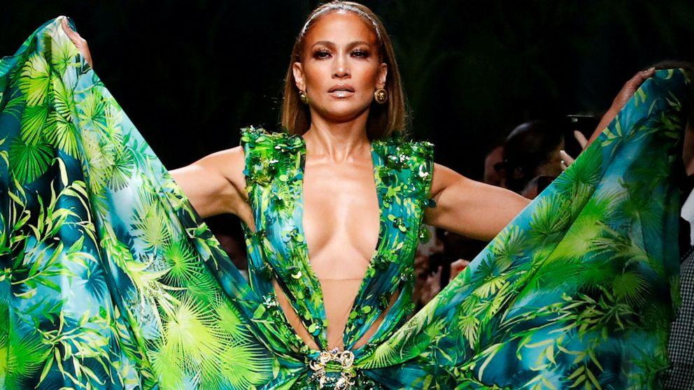 No te resistirás a este vestido de Zara si te encanta Jennifer Lopez