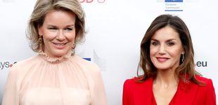 Post de El antiduelo de la reina Letizia y Matilde de Bélgica: todo sobre sus looks antagónicos