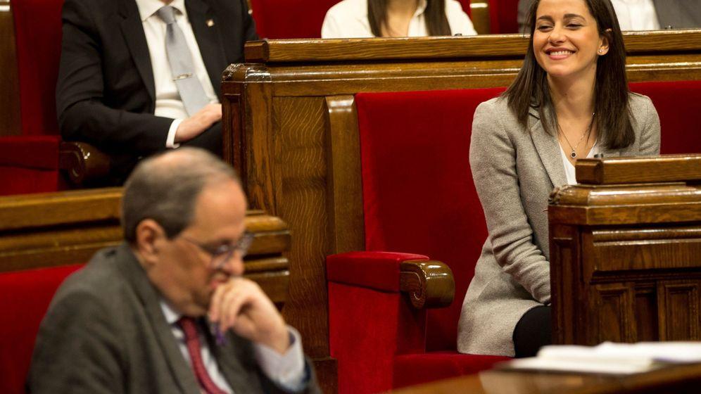 Foto: La líder de Ciudadanos, Inés Arrimadas, y el presidente de la Generalitat, Quim Torra. (EFE)