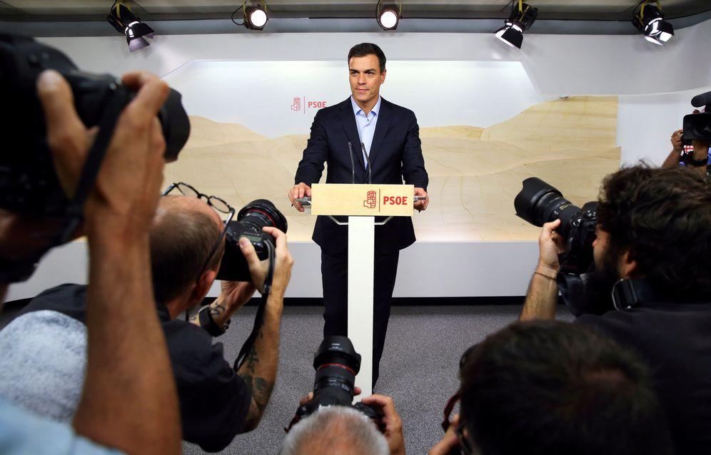 Foto: Pedro Sánchez, en rueda de prensa este 26 de septiembre en Ferraz, tras la reunión de la permanente de la ejecutiva federal. (Reuters)