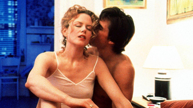 Kidman y Cruise, en 'Eyes wide shut'. (Getty)