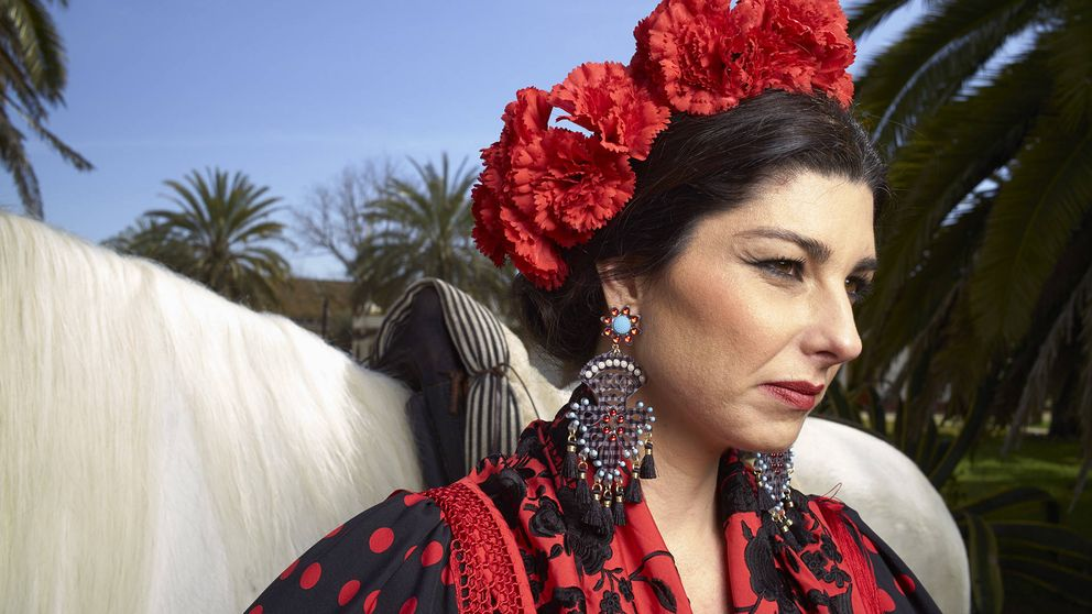 Rocío Peralta: la tentación se viste de sevillana