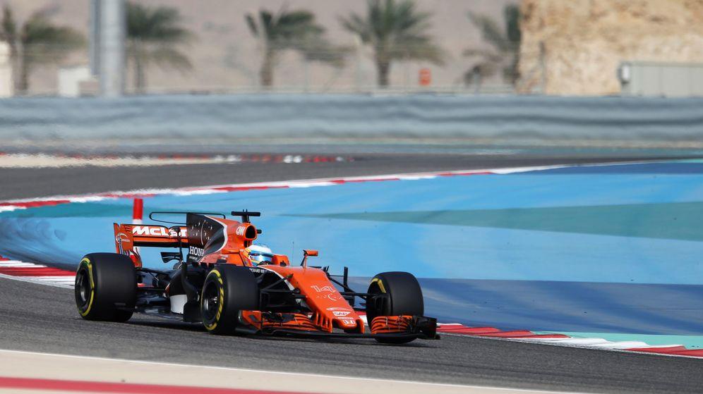 Foto: McLaren ha tenido que modificar el MCL33 para encajar el motor Renault. (Reuters)