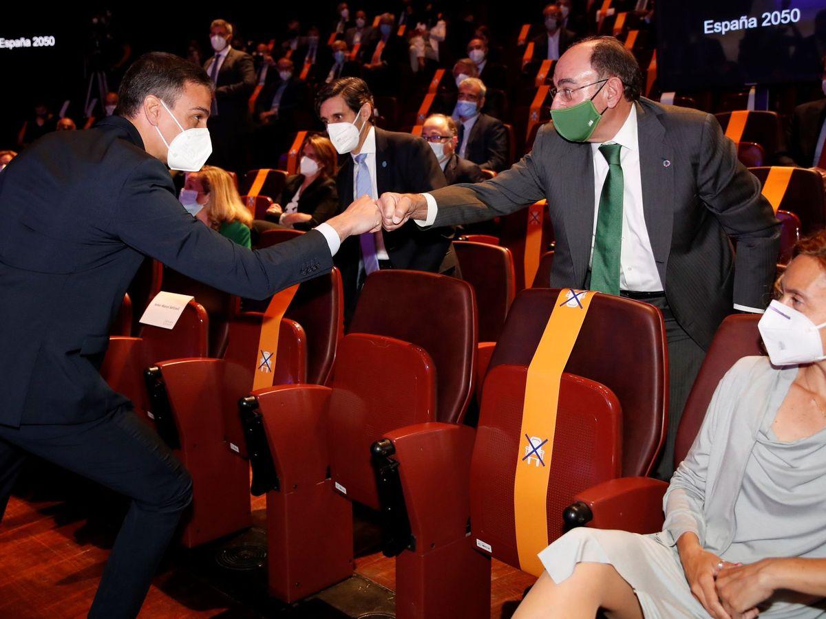 Foto: Pedro Sánchez, la semana pasada, en un acto con Ignacio Sánchez Galán. (EFE)