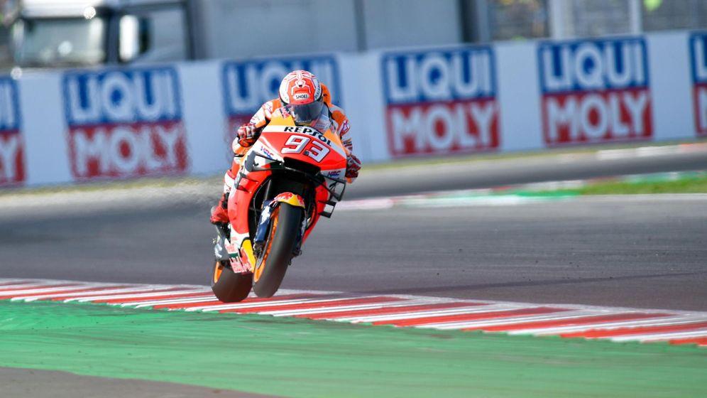 Foto: Marc Márquez, en acción durante la sesión de clasificación del GP de San Marino. (EFE)