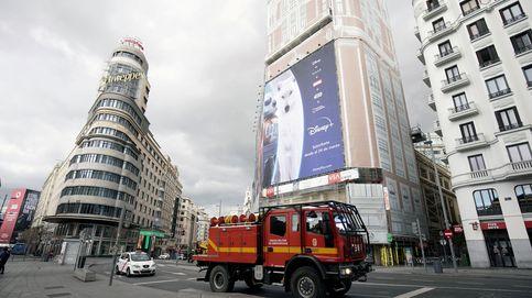 Sanidad busca con urgencia edificios en Madrid capaces de albergar más camas