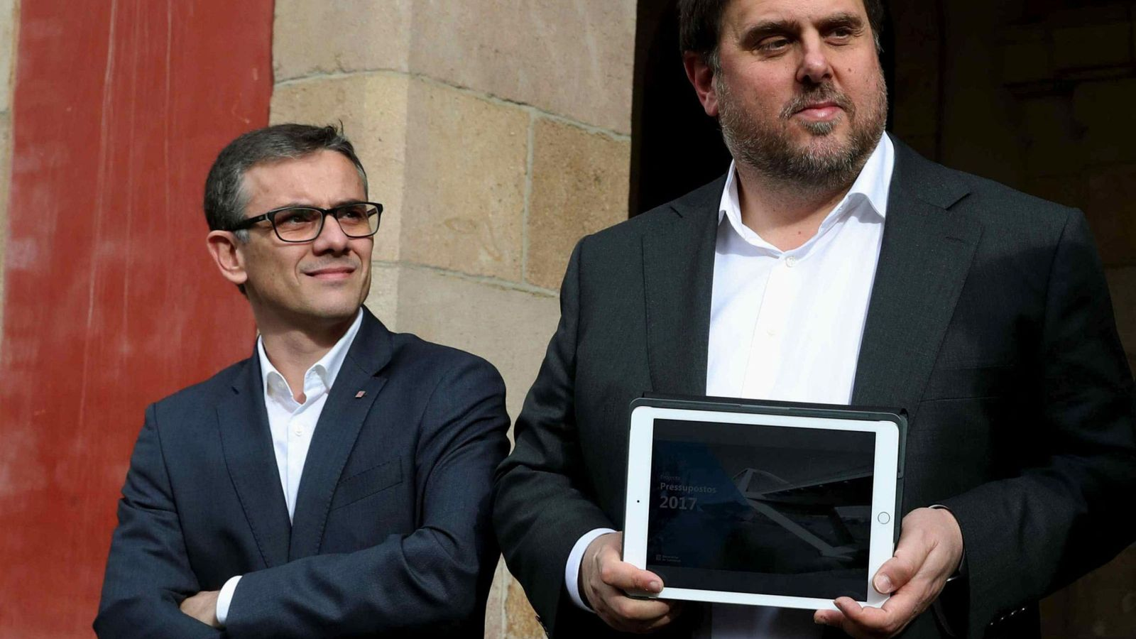 Foto: Jové, a la izquierda de Junqueras, es cesado del Govern. (EFE)