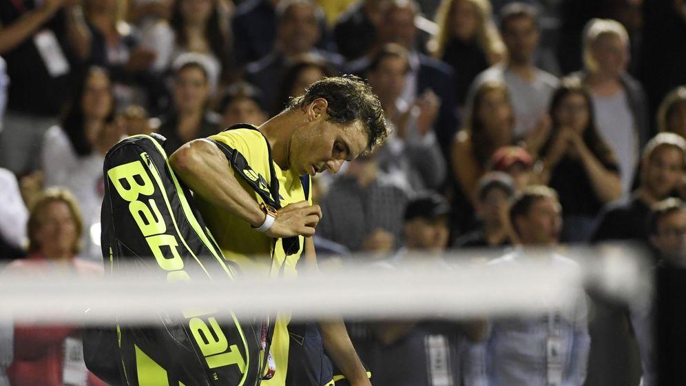Foto: Nadal tras perder el partido contra Shapalov en Montreal. (Reuters)