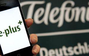 Bruselas da luz verde a la compra de E-Plus por parte de Telefónica