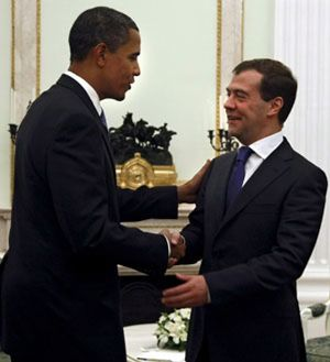 Obama y Medvédev se congratulan por los resultados de la cumbre