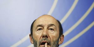 El PSOE pone fecha de caducidad a Rubalcaba: las generales de marzo de 2012