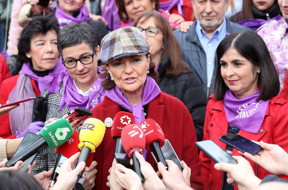 Foto: Carmen Calvo, durante la manifestación del 8-M en Madrid. (EFE)