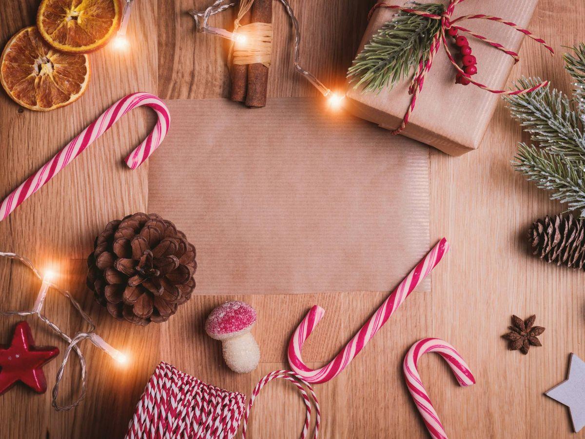 Foto: Remata la 'deco' de Navidad de tu casa con estos complementos. (Unsplash)