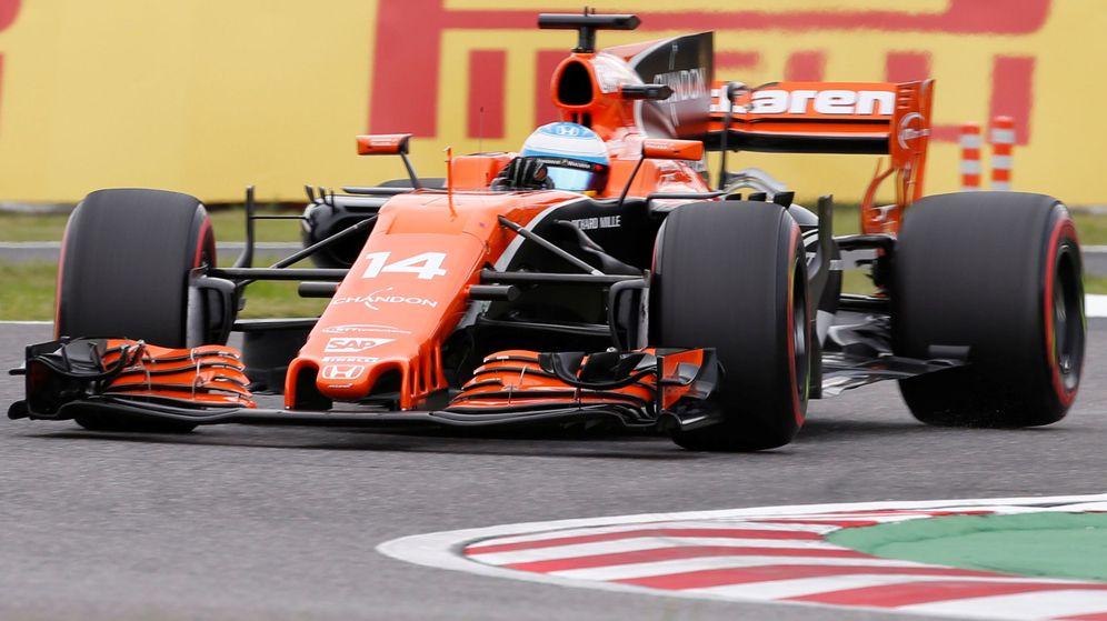 Foto: Alonso, al volante del McLaren en el GP de Japón. (Reuters)