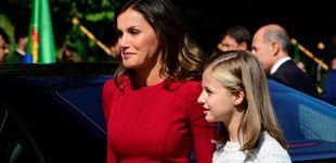 Post de La reina Letizia, de rojo y a juego con la Santina en la visita de Leonor a Covadonga
