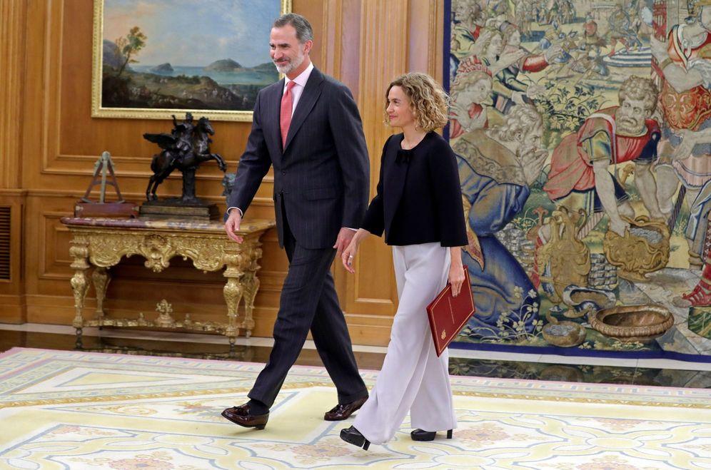 Foto: El rey Felipe VI recibe a la presidenta del Congreso, Meritxell Batet, este 3 de junio en la Zarzuela. (EFE)