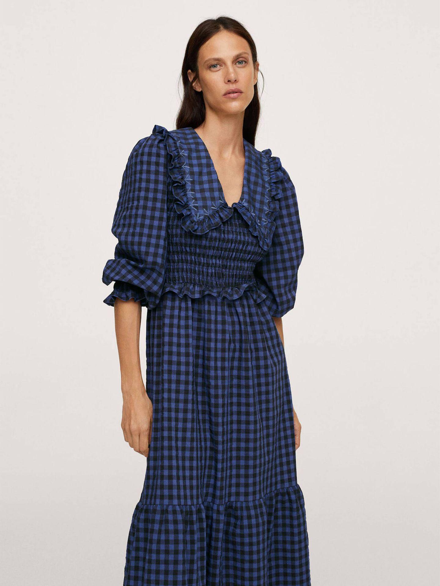 El vestido de Mango que ha arrasado entre las francesas es pura tendencia. (Cortesía)