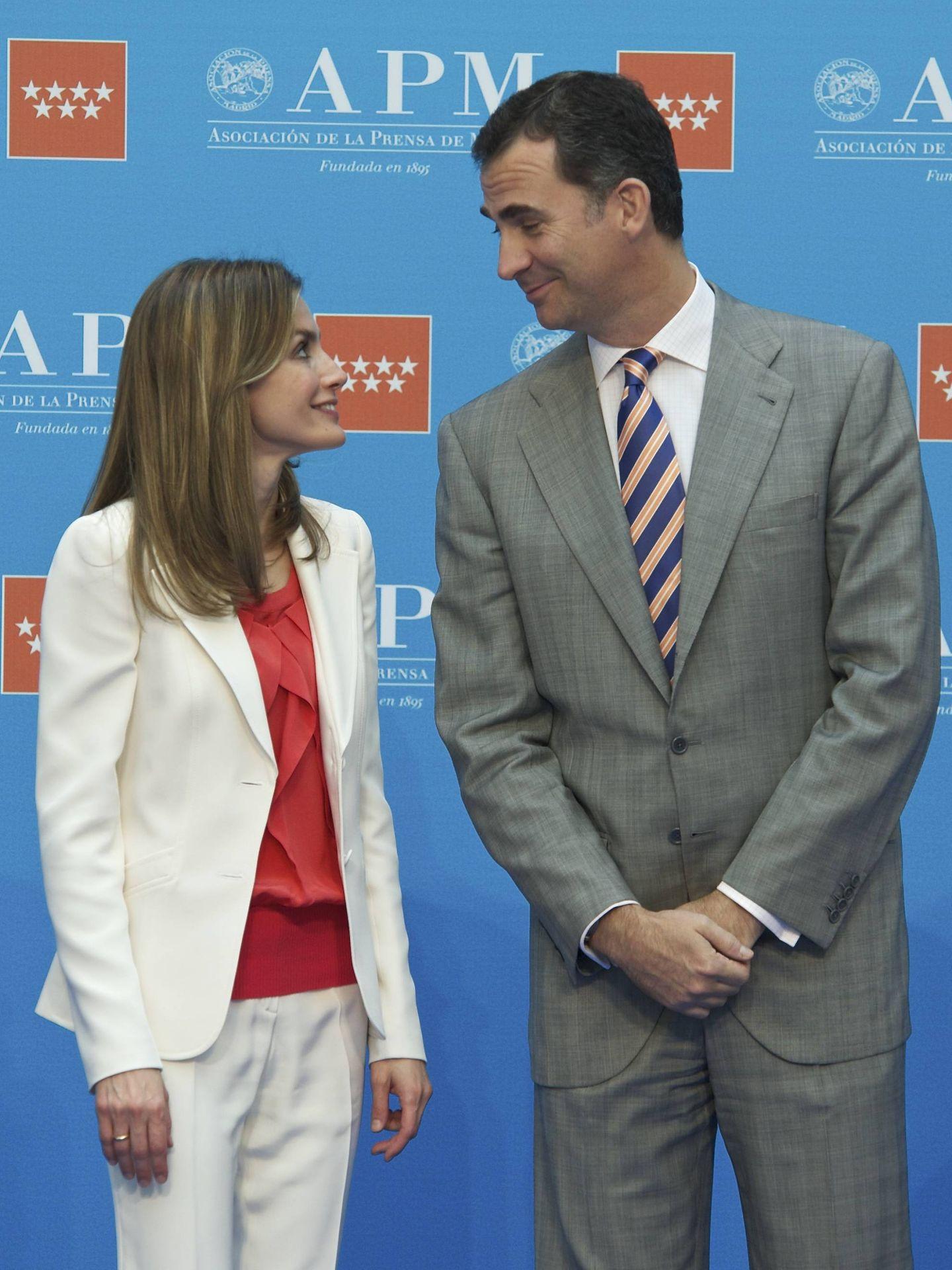 Felipe y Letizia, en los premios APM de 2012. (Getty)