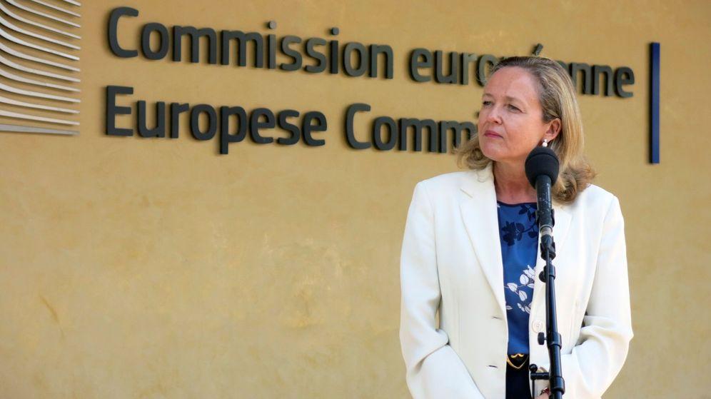 Foto: La ministra de Economía, Nadia Calviño, en su visita a la Comisión Europea. (EFE)