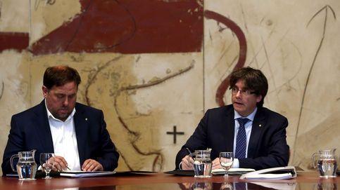 Puigdemont vende a los corresponsales su plan: referéndum o un gran impacto