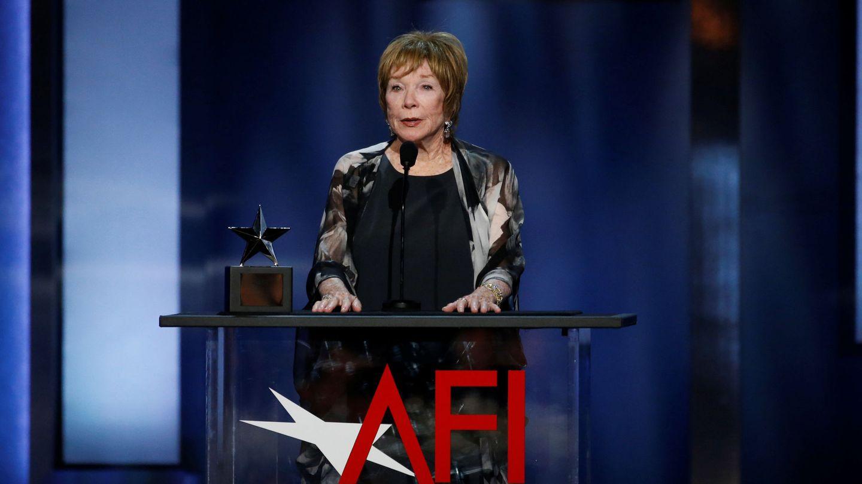 MacLaine recibiendo un premio AFI. (Reuters)
