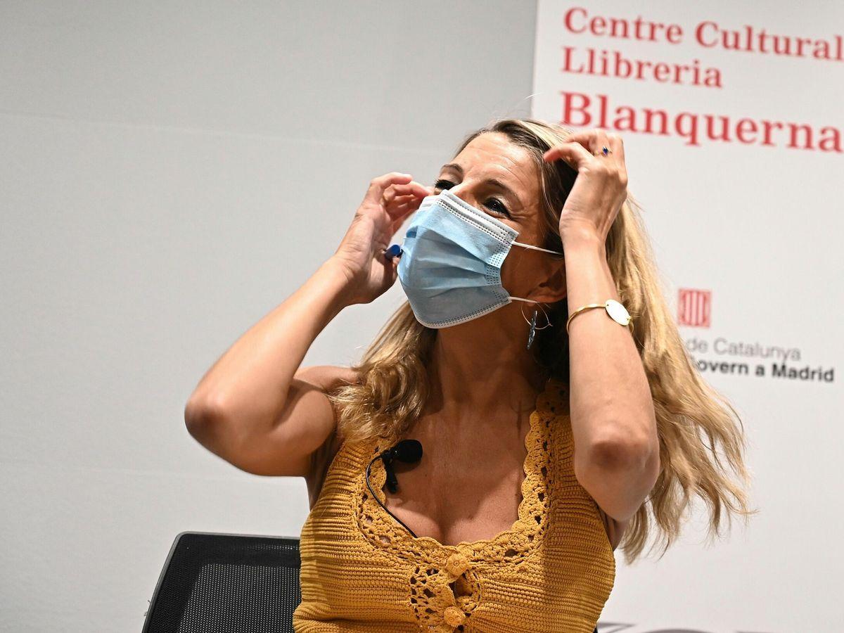 Foto: Yolanda Díaz asiste a la presentación del libro 'Historia del New Deal', de Andreu Espasa. (EFE)