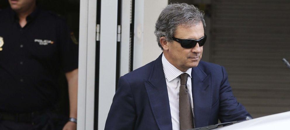 Foto: Jordi Pujol Ferrusola abandona la Audiencia Nacional tras el interrogatorio (EFE)