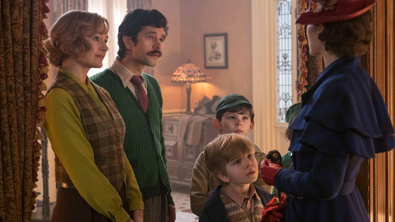 Emily Mortimer, Ben Whishaw, Nathanael Saleh, Joel Dawson y Emily Blunt. (Disney)