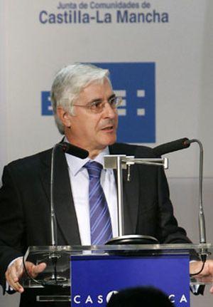 Aguirre saca de sus casillas a Barreda, que planea construir otro aeropuerto en Toledo