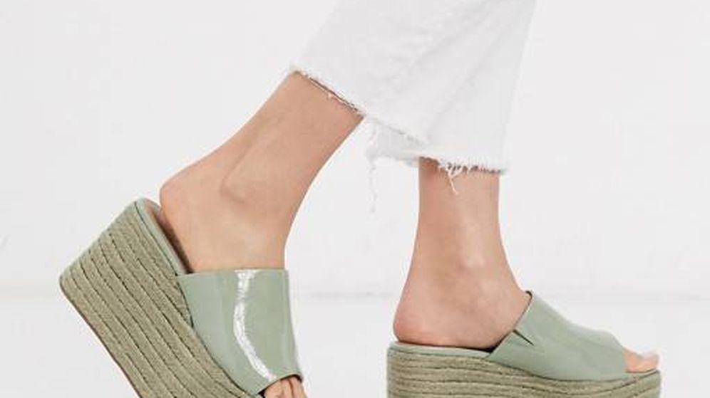 Foto: Pisa fuerte la calle con estas sandalias de plataforma de Asos. (Cortesía)