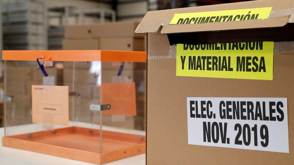 Foto: Preparativos para las elecciones generales del 10 de noviembre. (EFe)