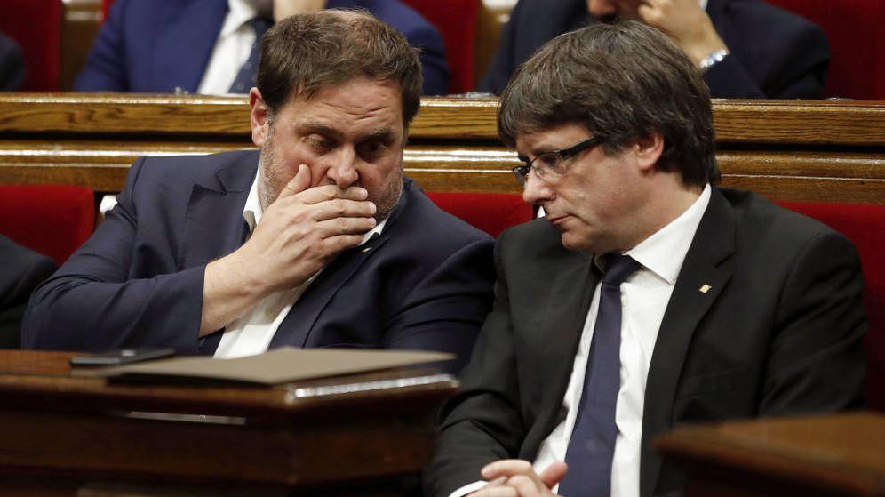 Foto: Fotografía de archivo de Oriol Junqueras y Carles Puigdemont. (EFE)