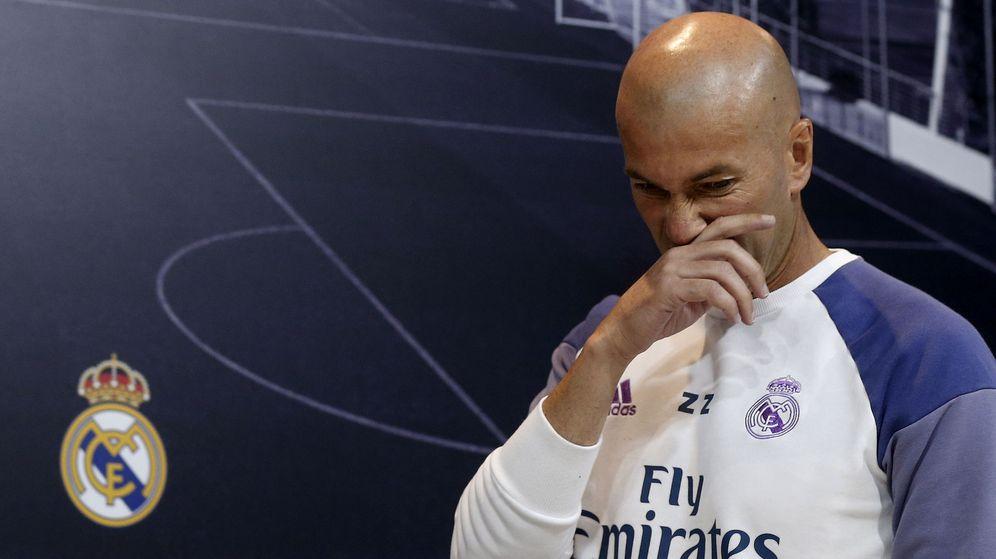 Foto: El entrenador del Real Madrid, Zinédine Zidane, antes de una rueda de prensa. (EFE)