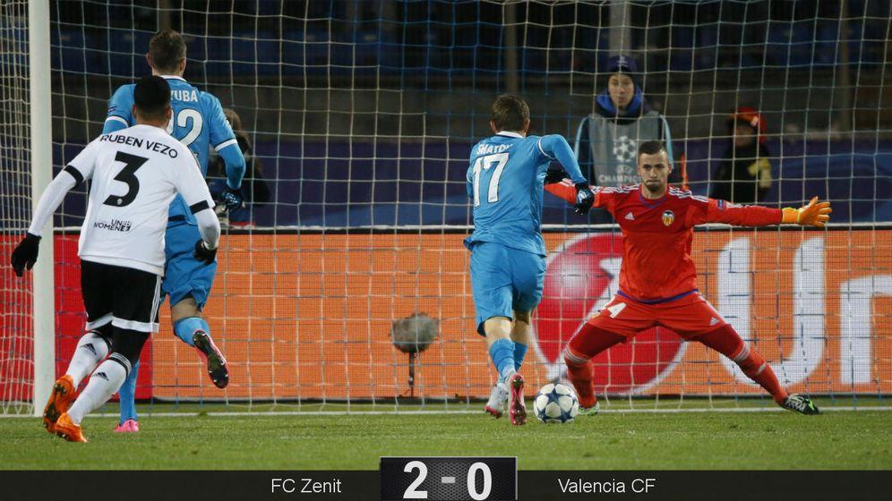 Foto: Momento en que Shatov supera a Jaume (Reuters).