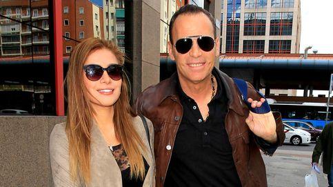 Carlos Lozano airea las intimidades de su novia: Ha estado con tres chicos