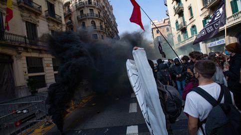 Unos 300 universitarios se concentran en Barcelona contra la prisión de Hasél