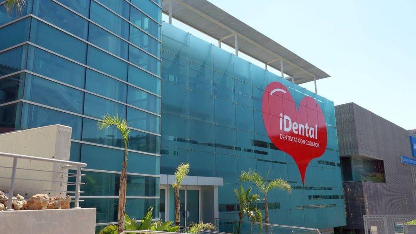 """Foto: Los """"dentistas con corazón"""" de iDental, en suspensión de pagos."""
