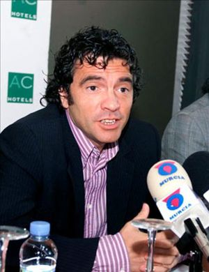 Lillo ficha por el Almería para sustituir a Hugo Sánchez
